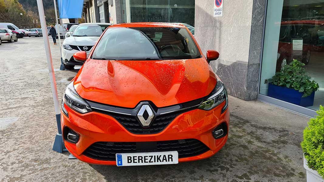 Okasiozko Renault kotxea Lasarte, Gipuzkoa