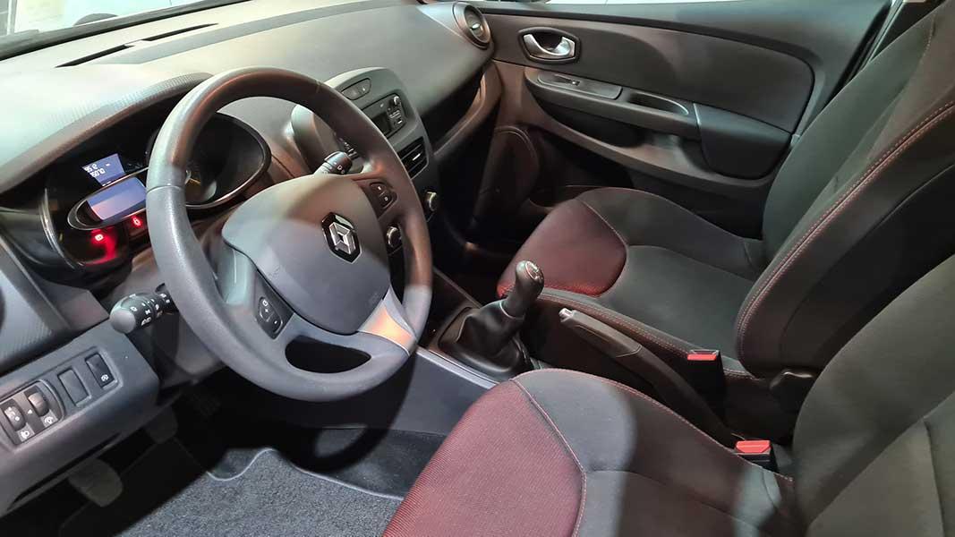Renault Clio ibilgailua Berezikarren
