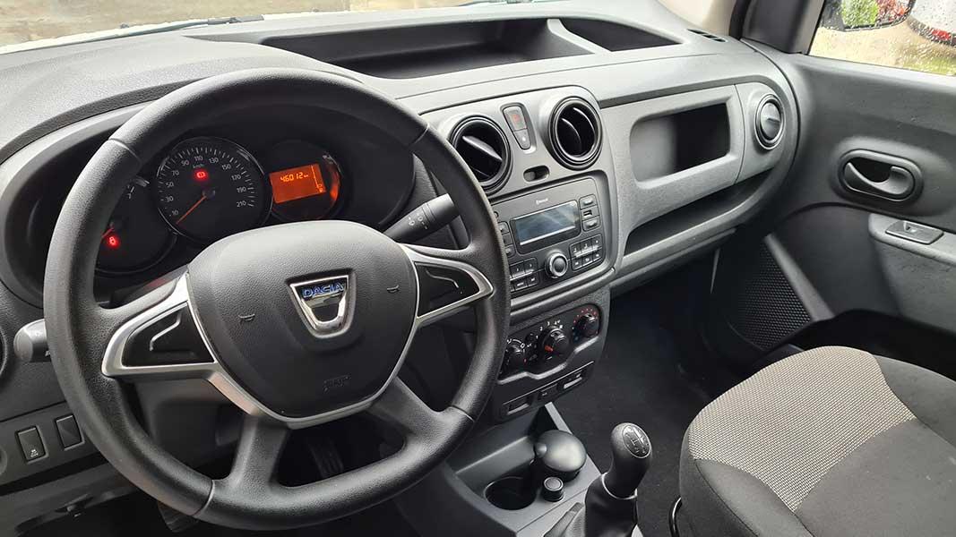 Dacia auto komertzialak Gipuzkoan